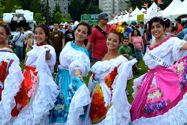آداب معاشرت در کانادا,کانادا,درباره آداب معاشرت در کانادا,آداب رسوم کانادا,فرهنگ کانادا,آداب سنتی کانادا,فرهنگ مردم کانادا