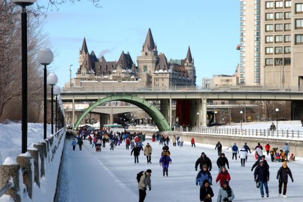 آداب و رسوم مردم کانادا,درباره مردم کانادا,کانادا,درباره کانادا,آداب مردم کانادا,درباره رفتار مردم کانادا