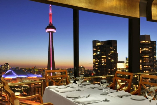 آداب رستوران های کانادا,درباره کانادا,رستوران در کانادا,آداب و رسوم غذا خوردن در کانادا,رستوران های معروف کانادا,کانادا و رستوران هایش