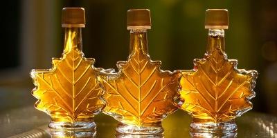 شربت افرا کانادا,محبوب ترین سوغاتی های کانادا,شیره درخت افرا,کانادا,آشنایی با شربت افرا کانادا,شیره افرا