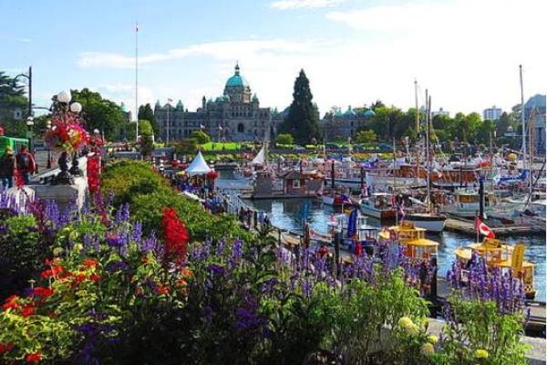 پناهندگی در کانادا,پناهندگی کانادا,اقامت کانادا,ویزا کانادا,وقت سفارت کانادا,درباره کانادا,کانادا,سفارت کانادا,ویزای تضمینی کانادا