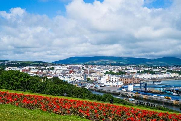 جزیره من,دیدنی های جزیره من,آدرس جزیره من در ایرلند,ایرلند,جزیره من در ایرلند,بریتانیا,مکان توریستی جزیره من