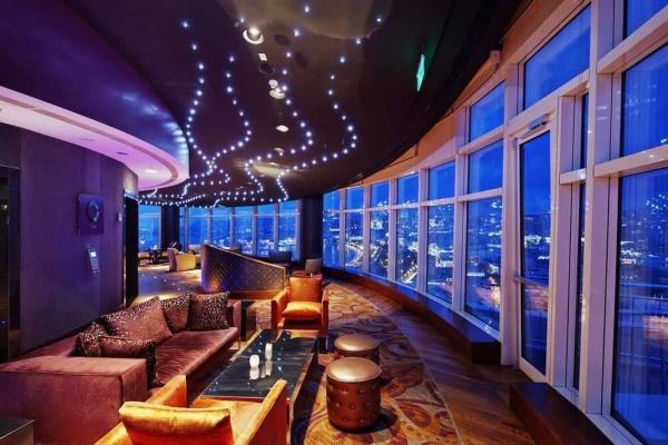 هتل دابل تری هیلتون,هتل های کانادا,هتل دابل تری هیلتون تورنتو,هتل های تورنتو,سفر به کانادا,سفر به تورنتو